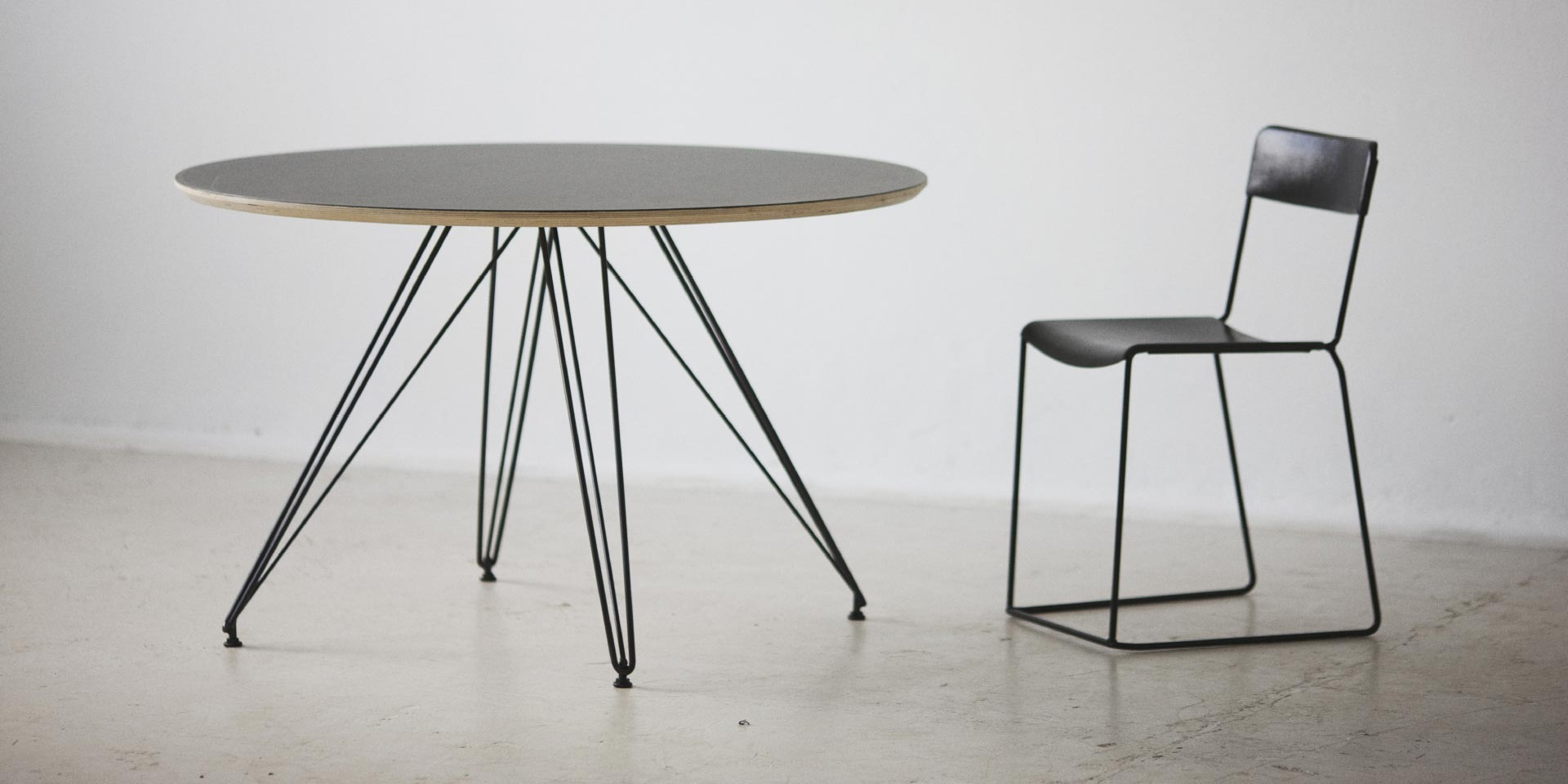 uccio-table-2
